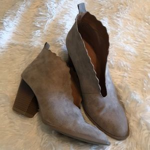 Qupid Taupe Scalloped Booties 8